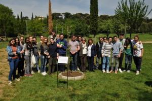 La classe 3 B accompagnata dalla Prof.ssa Baldini e dal Referente della Calvino Prof. Cecconi, con Silva Rusich, Rossella Degli Innocenti e Rossana Morandini.