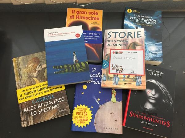 Alcuni dei libri donati