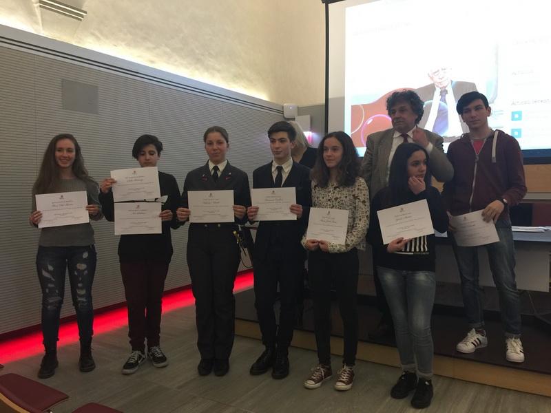 Elena del Bianco prima a sinistra con gli altri premiati